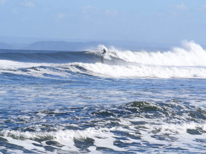 cold water surfing, chile, surf, lefts,