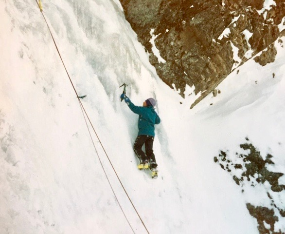 ice climbing patagonia, argentina, we are IFMGA, IFMGA MOUNTAIN GUIDES, guides in patagonia, ice climbing guiding bariloche
