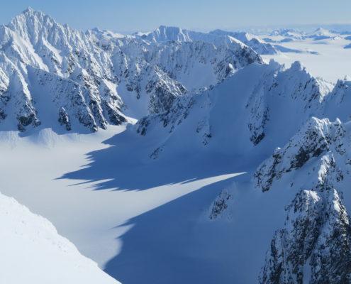 svalbard skiing, ski touring